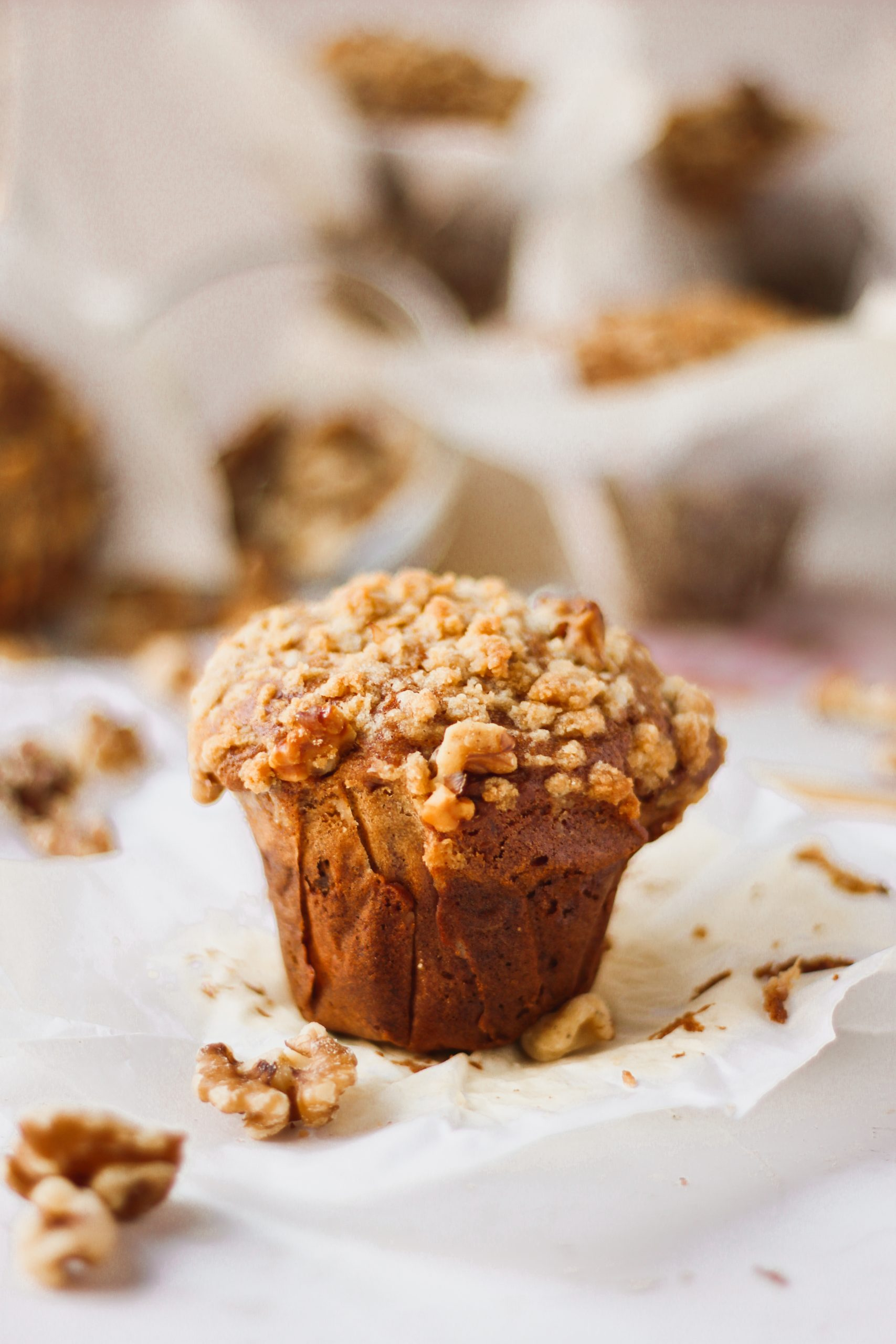 jumbo one bowl bakery style banana walnut muffins